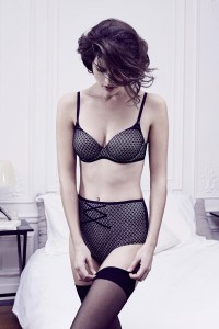 ensemble-smart-noir-vanity-fair-lingerie-charonbellis-blog-mode