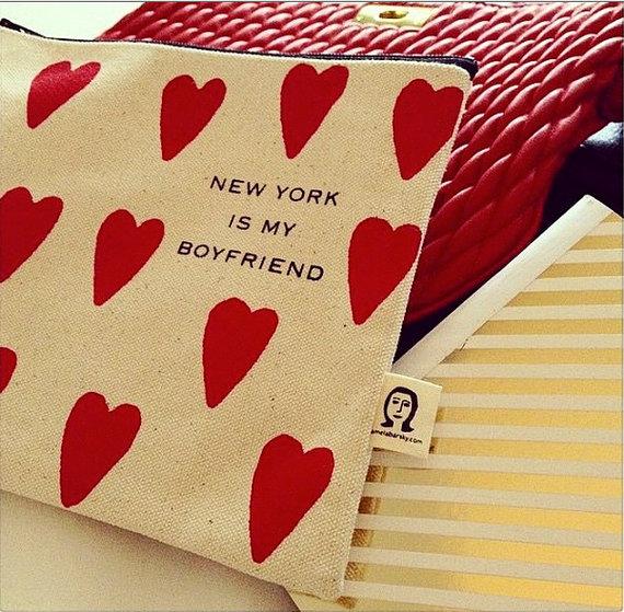 pochette-new-york-is-my-boyfriend-pamela-barsky-charonbellis-blog-mode