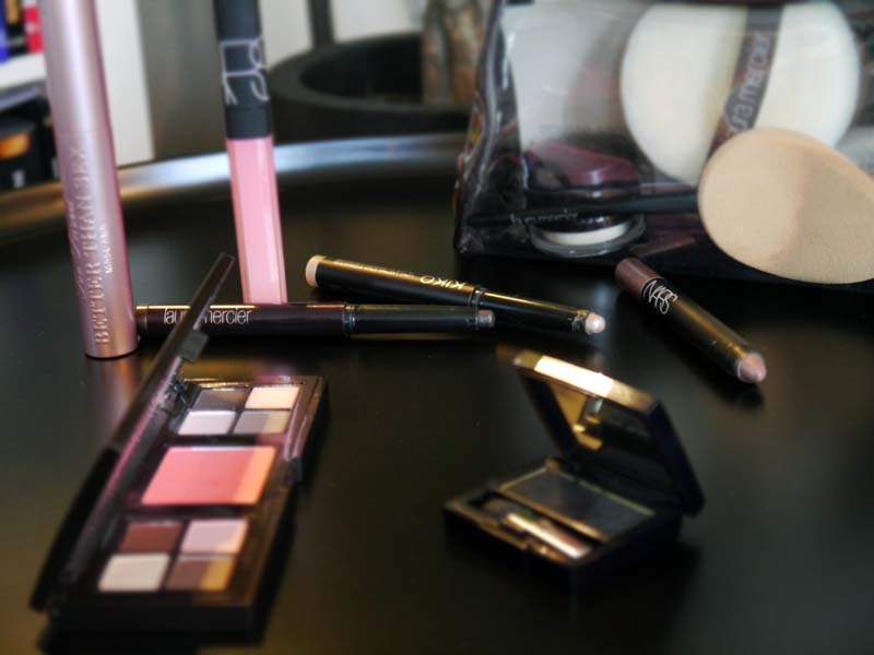 caviar-stick-stick-eyeshadows-shadow-pencil-mon-maquillage-ultra-rapide-pour-aller-travailler-tuto-make-up-20-1-charonbellis-blog-beautecc81