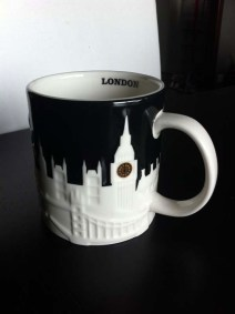 mug-starbucks-london-shopping-london-charonbellis-blog-mode-et-beautecc81