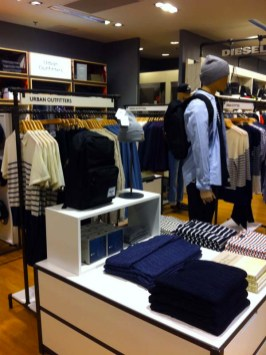 urban-outfitters-decc81barque-aux-galeries-lafayette-toulouse-charonbellis-blog-mode