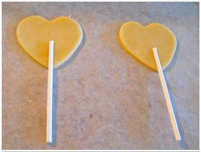 Un-DIY-pour-la-Saint-Valentin-coeur-chausson-aux-pommes-Charonbellis-blog-lifestyle