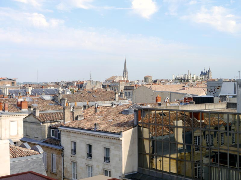 Mama-Shelter-Bordeaux-View-Charonbellis