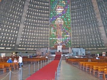 catedral-metropolitana2-visiter-rio-decouverte-lapa-santa-teresa-charonbellis