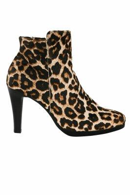 bottines-leopard-esmara-Heidi-Klum-X-Lidl-Charonbellis