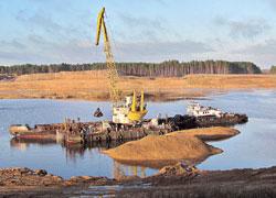 На стройке Полоцкой ГЭС прорвало дамбу: затоплен котлован