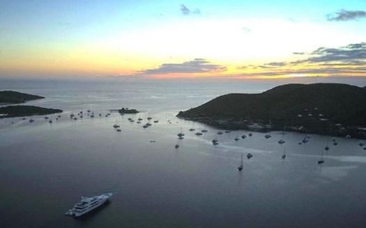 Pass to Eustatia Sound between Saba Rock & Virgin Gorda