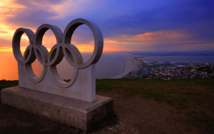 olympic rings statue over looking Weymouth Bay from the Isle of Portl<script srcset=