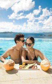 caribbean-couple-cocktails
