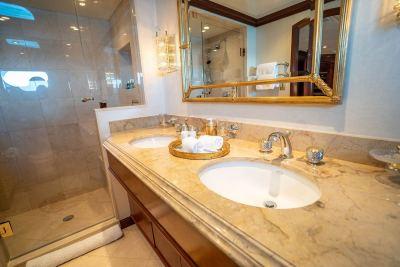 guest-bath-sink-1280px-45