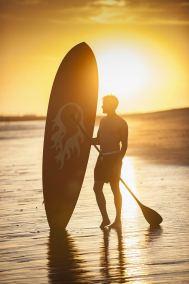 sunset-paddlboard