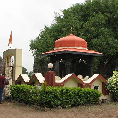 Latest photo of Chhatrapati Sambhaji Maharaj Samadhi at Vadhu