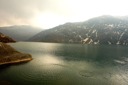 Ripples in Changu lake