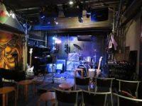 Bar jake 内ステージ