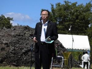 六呂師高原アルプス音楽祭2014 来賓祝辞を述べる県議会議員 山岸猛夫氏/どこまでもアマチュア