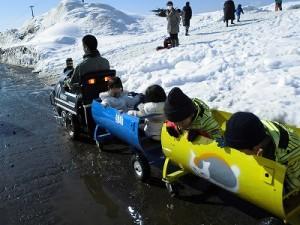 さかだに雪まつり 絶好調で進んでいく機関車/どこまでもアマチュア