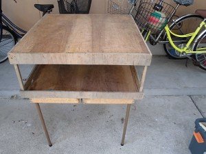 日曜大工自習教室~ズブの素人編~ アウトドア用テーブルの上に作業台をセット/どこまでもアマチュア