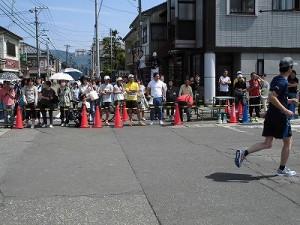 第51回越前大野名水マラソン ランナー達の走りを見守るゲストランナー 森脇 健児氏/どこまでもアマチュア