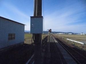 六条駅を紹介します。 駅名標を発見/どこまでもアマチュ