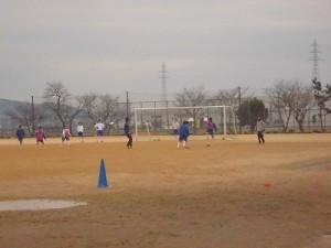 足羽駅はこんなところでした。 足羽第一中学校のサッカー部の練習/どこまでもアマチュア