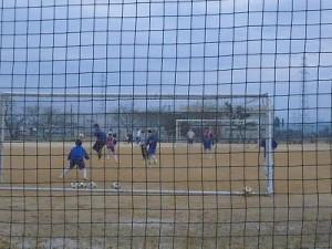 足羽駅はこんなところでした。 足羽第一中学校サッカー部の熱心な練習/どこまでもアマチュア