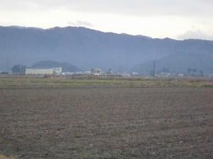 足羽駅はこんなところでした。 南東の方角の眺望の中で見た足羽駅/どこまでもアマチュア