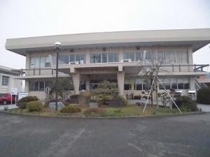 越前東郷駅を見てきました。 公共機関の正面/どこまでもアマチュア