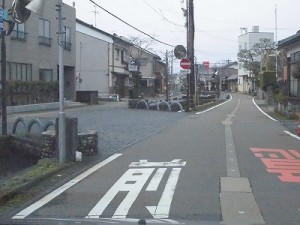 越前東郷駅を見てきました。 越前東郷駅の直近の橋/どこまでもアマチュア