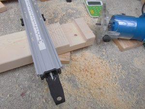 日曜大工教室~基礎からやり直し編~ システムバークランプ24″を使って溝を掘った/どこまでもアマチュア