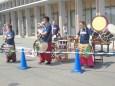 演奏で選手を応援する奥越太鼓「祥雲」のメンバー