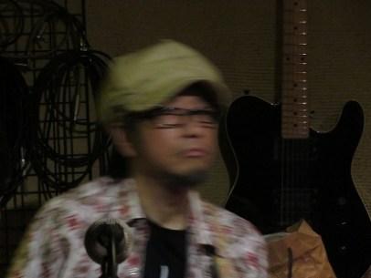 坂 としき氏