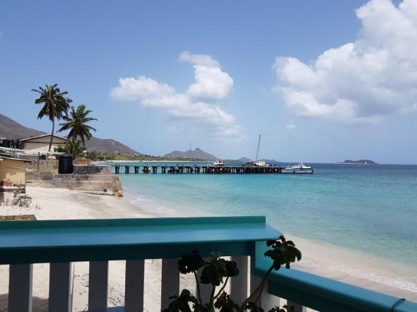 Der Blick auf den Steg, an dem ich angekommen bin von Union Island und dann weiter nach Grenada gefahren bin