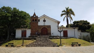 Kirche im Parque San Antonio