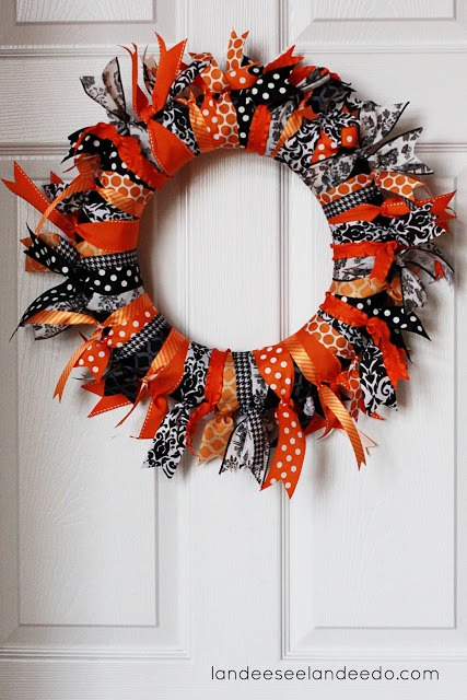 10 Of The Best Halloween Wreaths - Chasing A Better Life