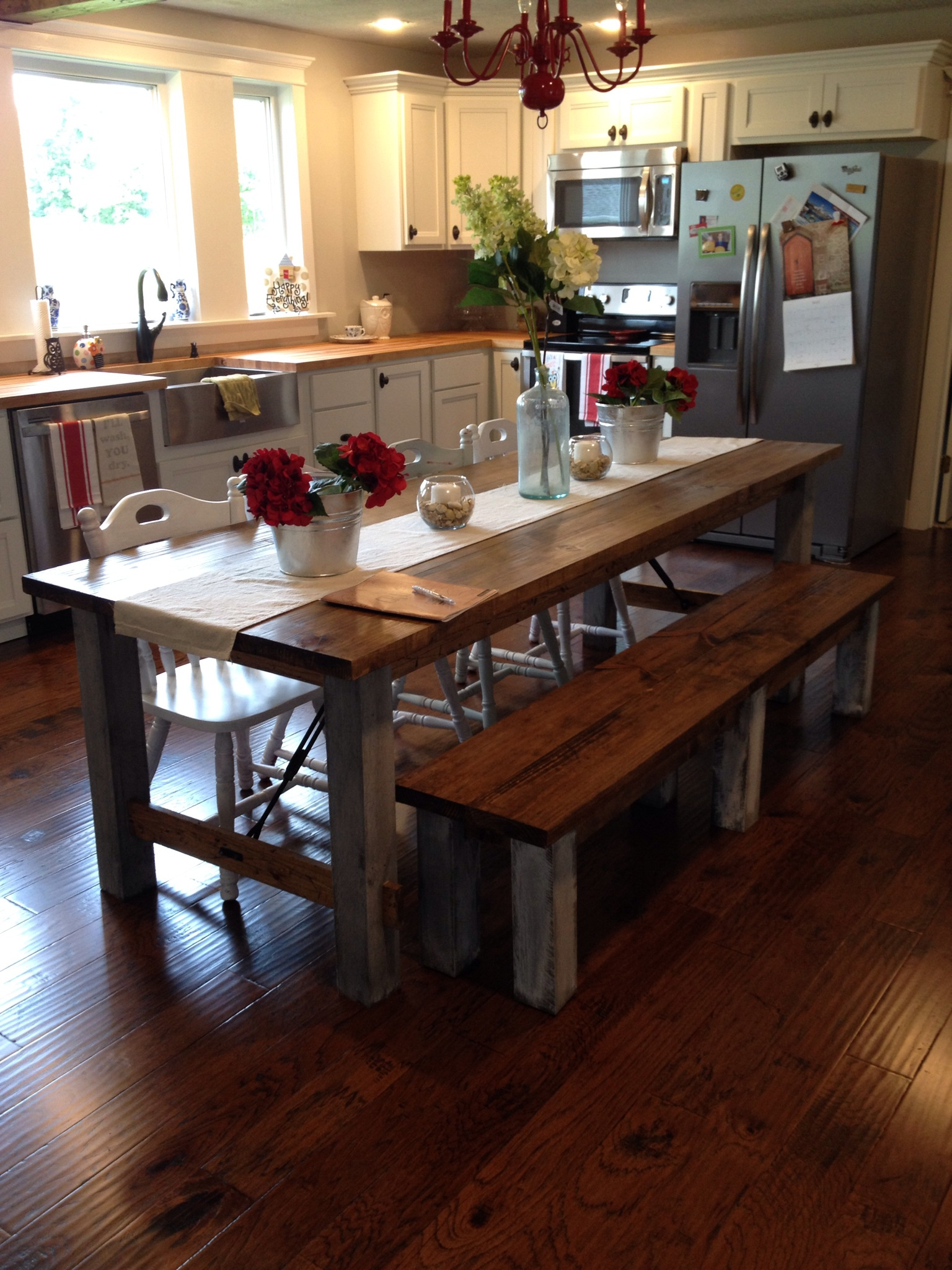 Shara At Chasing A Dream Shares Her Farmhouse Kitchen