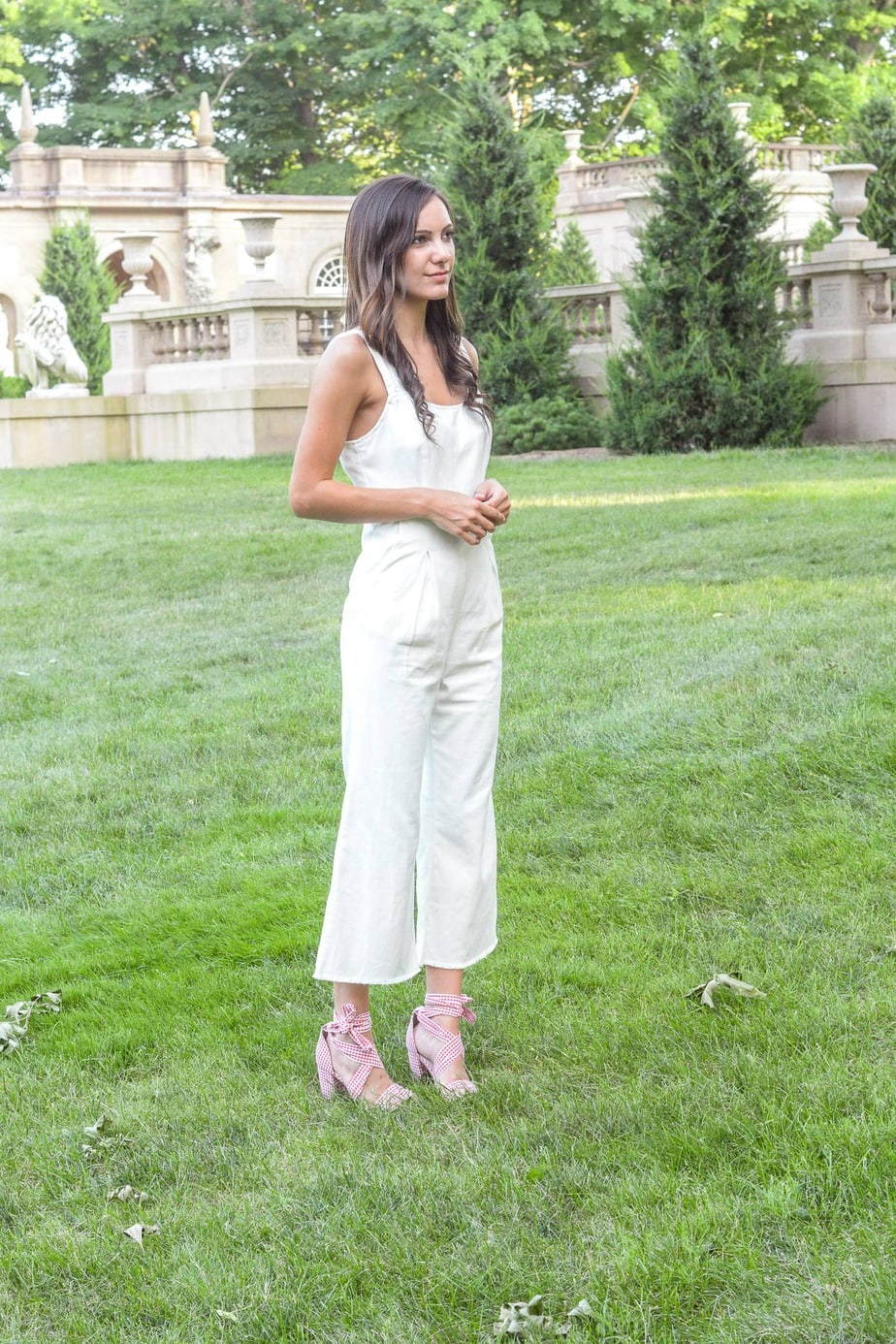 What To Wear to A White Party: The Complete Guide