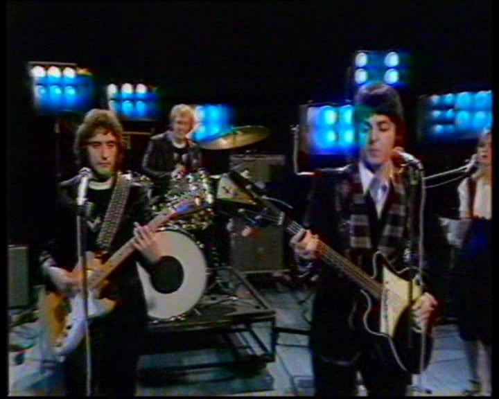 Paul McCartney playing black Kay Jazz Bass