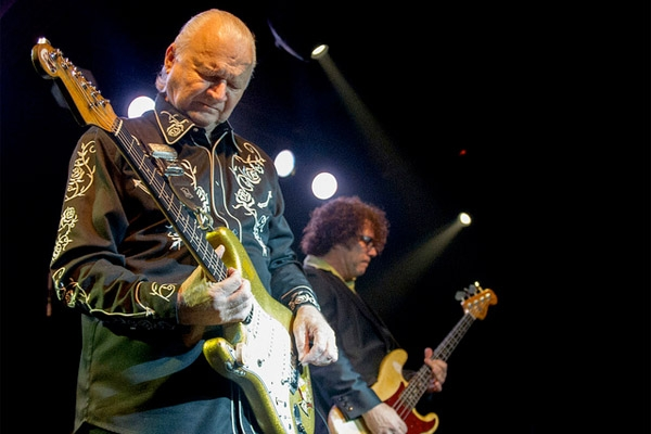 Dick Dale King of Surf