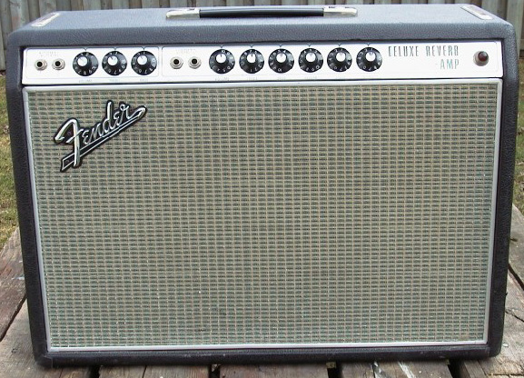 Fender Deluxe Reverb drip edge amp