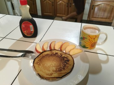 Pancake with Apples and a Hot Chocolate