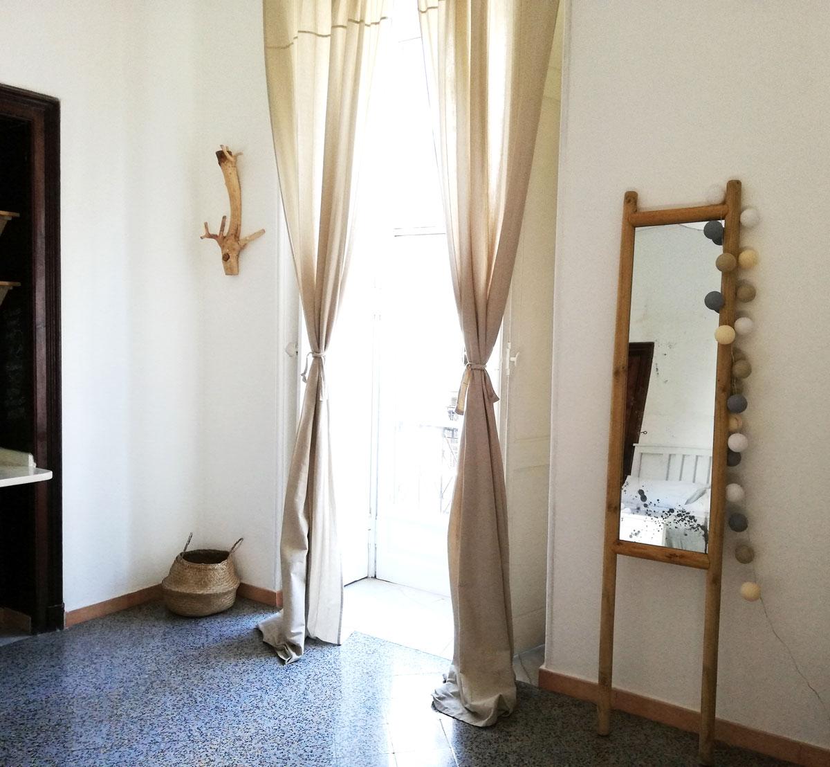 Cornice Specchio Fai Da Te.Vintage E Fai Da Te Il Mio Nuovo Specchio In Guesthouse Chasing
