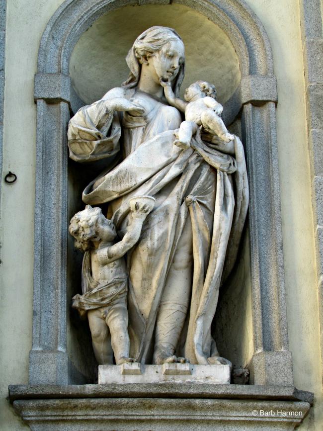 Sculptures in Toledo