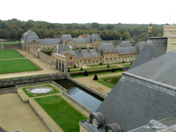 Eastern outbuildings at Vaux-le-Vicomte