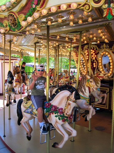 hunter carousel st. george