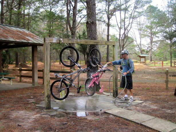 bike washing stand