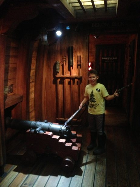 hunter lighting cannon pirate museum