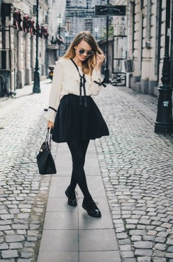 victorian-style-blouse-fall-2016-trends-8