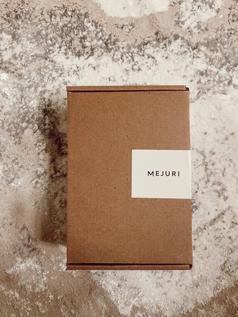 Mejuri box branding
