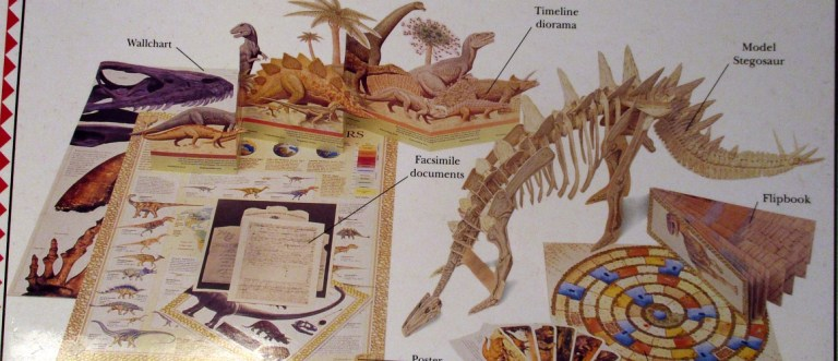 Back of Dino Action Pack