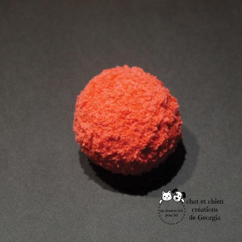 Ballaine laine chenille, jouet créé par Georgia pour les chats et les chiens